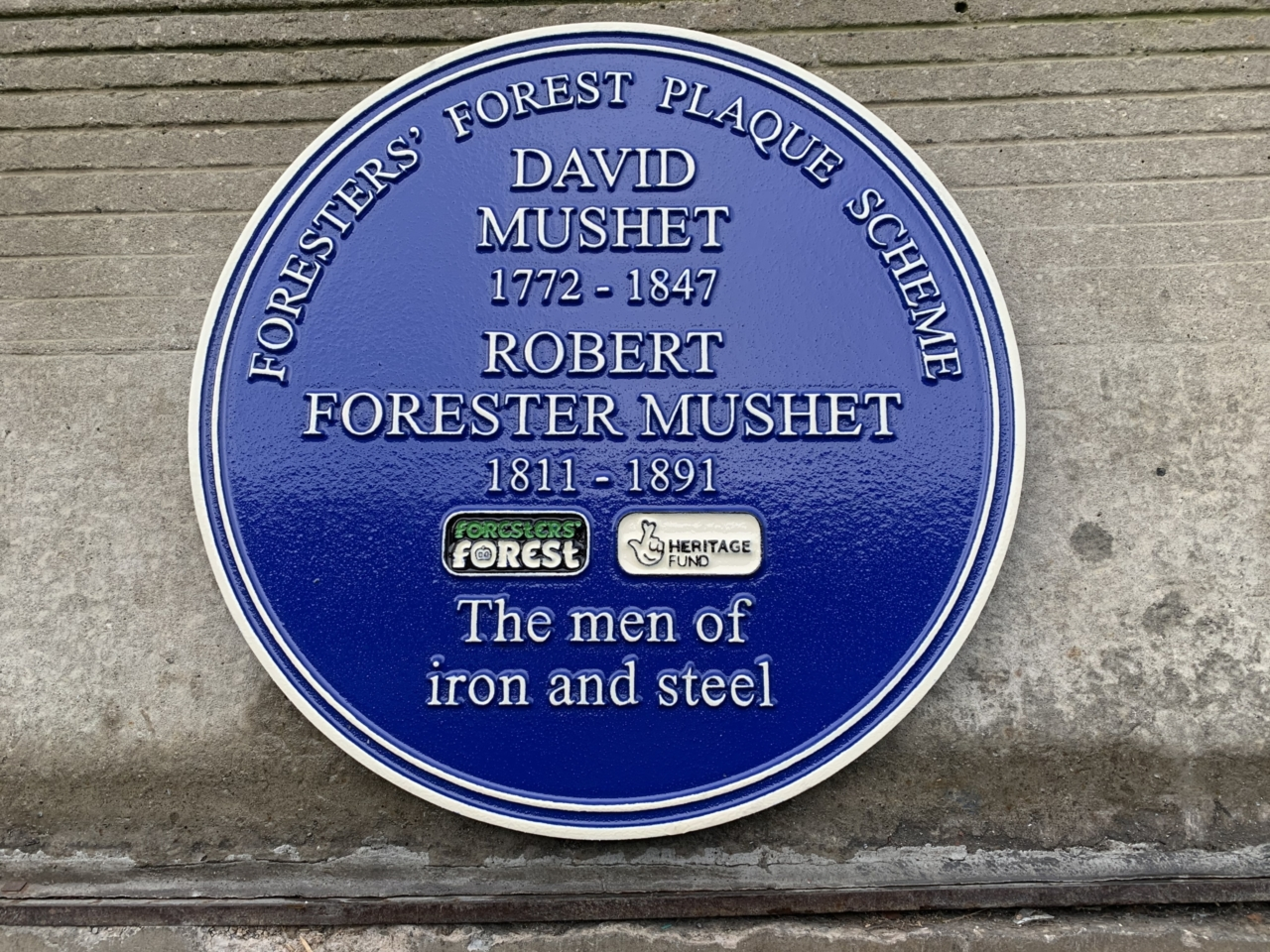 Cast_Iron_Blue_Plaque
